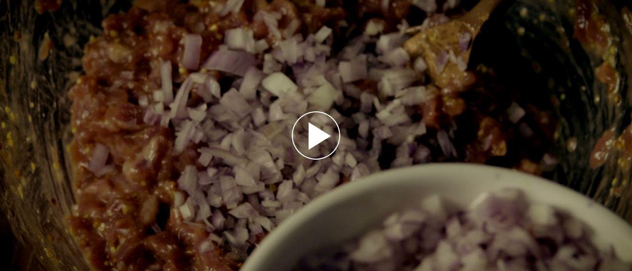 Embedded thumbnail for Conos de wonton con tartar de presa y jamón ibérico